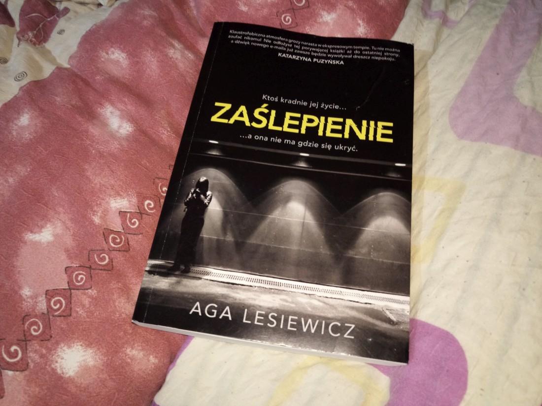 Zaślepienie - Aga Lesiewicz